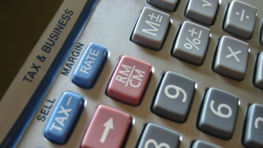 Wyższa amortyzacja i brak podatku od biletów lotniczych