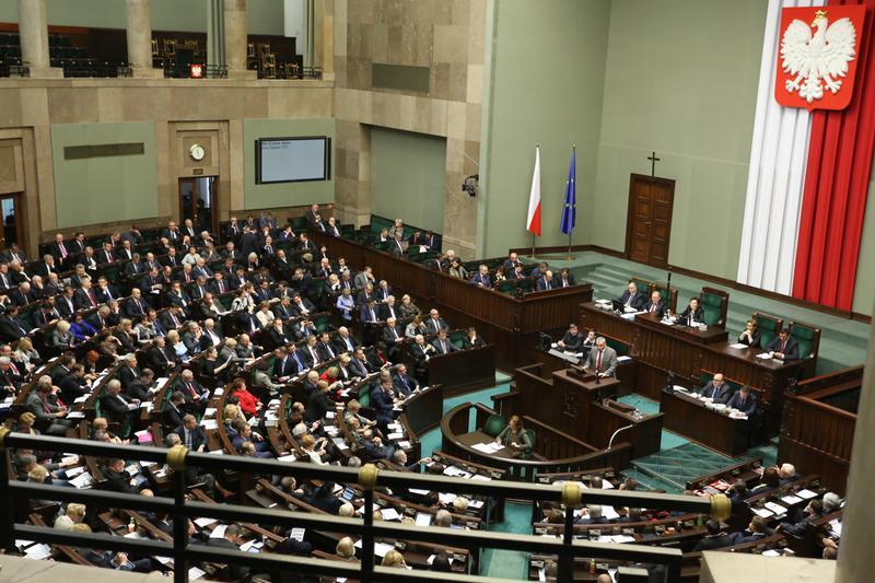 Sejm przyjął nową ustawę o cudzoziemcach